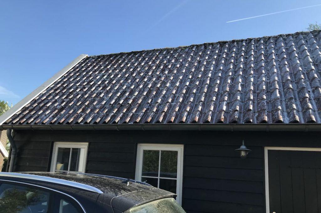 algen reiniger op pannen dak